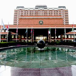 پرزیدنت مسکو (هتل آکتوبراسکای سابق)
