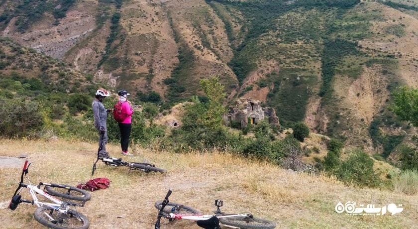 سرگرمی آفرود در ایروان شهر ارمنستان کشور ایروان