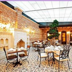 رستوران و بار هتل سلین