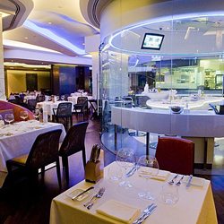 رستوران بلو فلیم