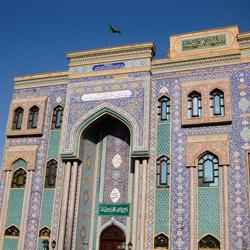 مسجد ایرانی، بر دبی