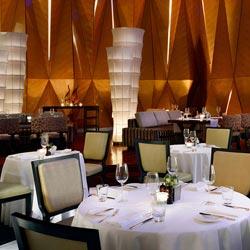 رستوران و بار تریتور