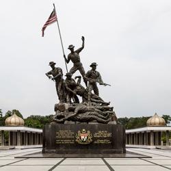 بنای یادبود ملی کوالالامپور