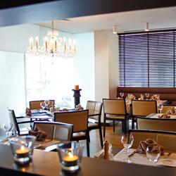 رستوران و بار هتل بنتلی