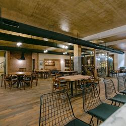 رستوران سیراج خان واین