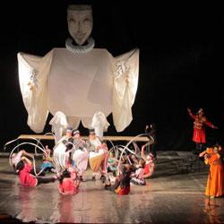 تئاتر ملی جوانان و عروسک های خیمه شب بازی