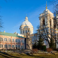 صومعه الکساندر نوسکی