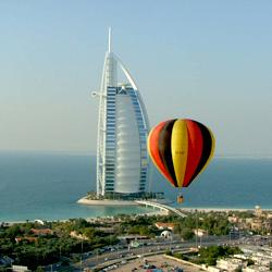 پرواز با بالن هوای گرم در دبی