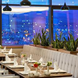 رستوران کاوانیا