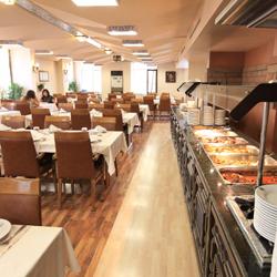 رستوران و بارهای هتل سلجوک مولانا