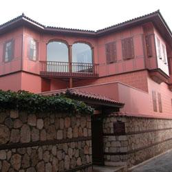 موزه سونا و اینان کیراچ کالیچی