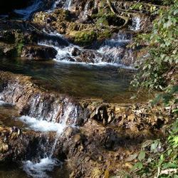 آبشار آهکی (اسکلیم)
