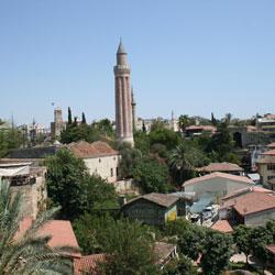 مسجد ییولی مینارت