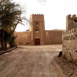 قلعه باقرآباد بافق