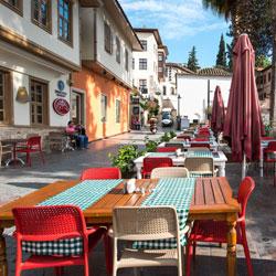 رستوران و بارهای هتل پودینگ مارینا رزیدنس