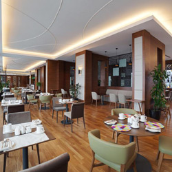 رستوران مارینا 18