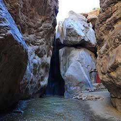 آبشار رود معجن