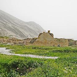 معبد آناهیتا بیشاپور