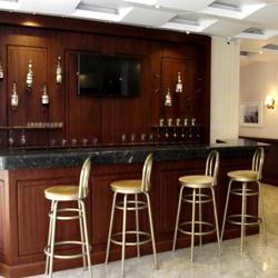 رستوران و بار هتل آپارتمان آکمان