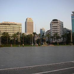 میدان جمهوریت ازمیر