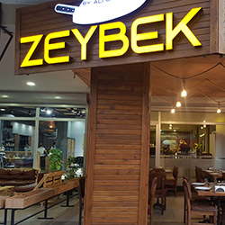 رستوران زی بک اوجاکباشی