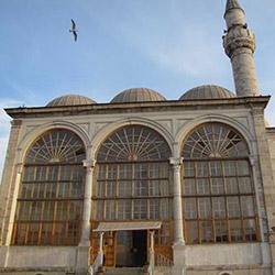 مسجد بازارشاه بلوط