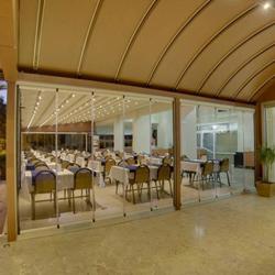 رستوران و بارهای هتل مینای