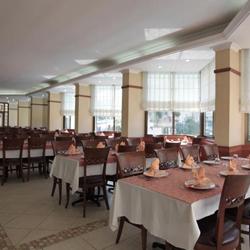 رستوران و بارهای هتل پالم
