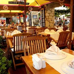 رستوران یوکا پلنت