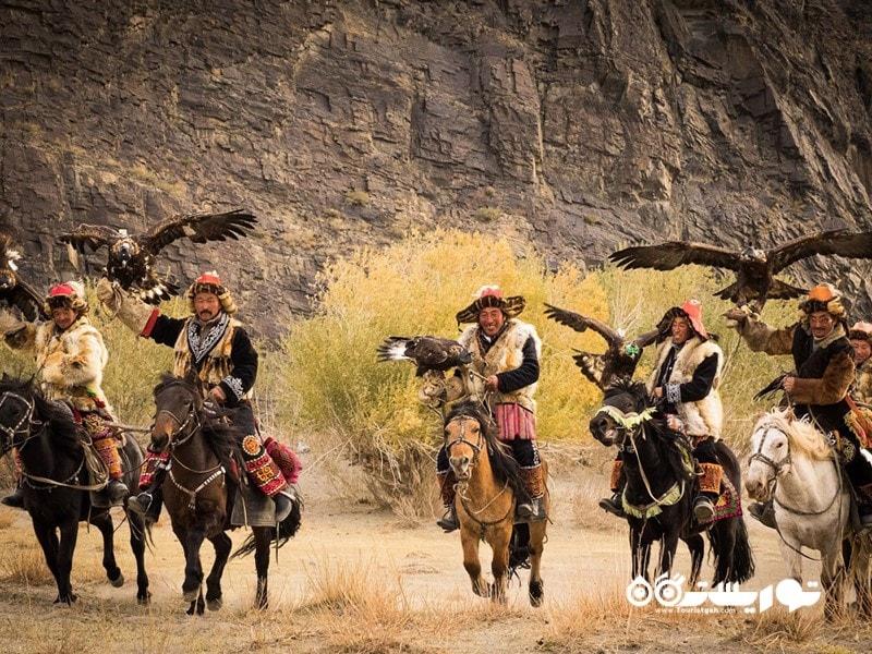 7- جشنواره عقاب طلایی (Golden eagle festival) در مغولستان