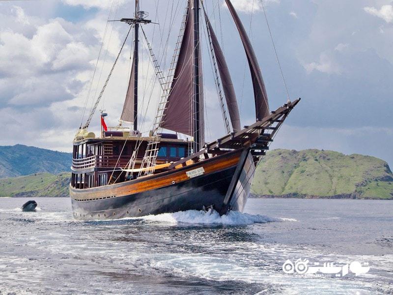 5- دنیا بارو (Dunia Baru) در جزایر کومودو (Komodo Islands)