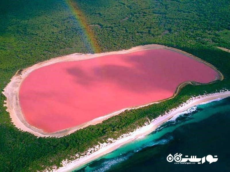 دریاچه صورتی رنگ هیلییِر