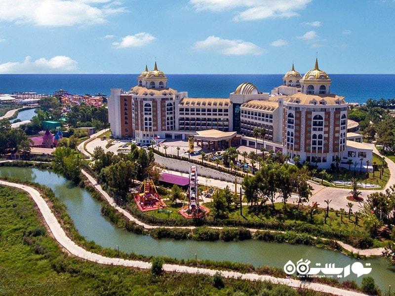 هتل دلفین بِی گرند ریزورت