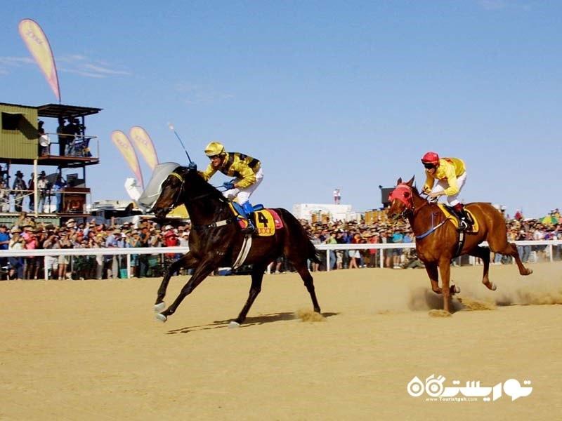 مسابقات سالانه اسب سواری