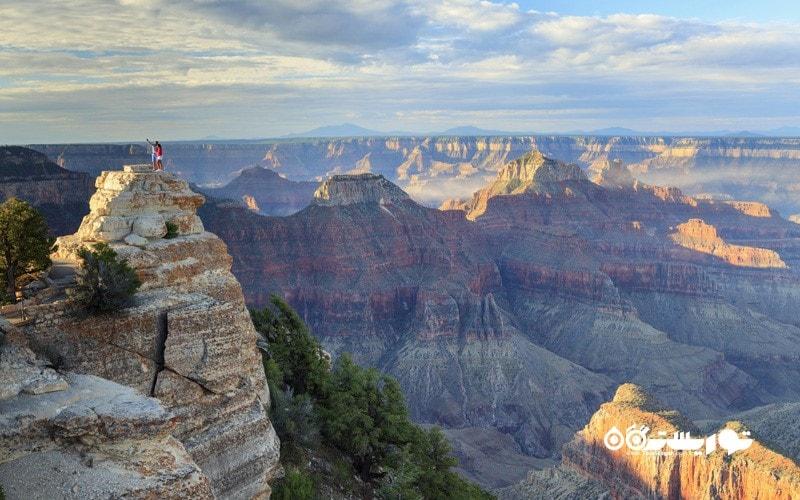 4. بر فراز گرند کنیون (Grand Canyon) سفر کنید، آمریکا