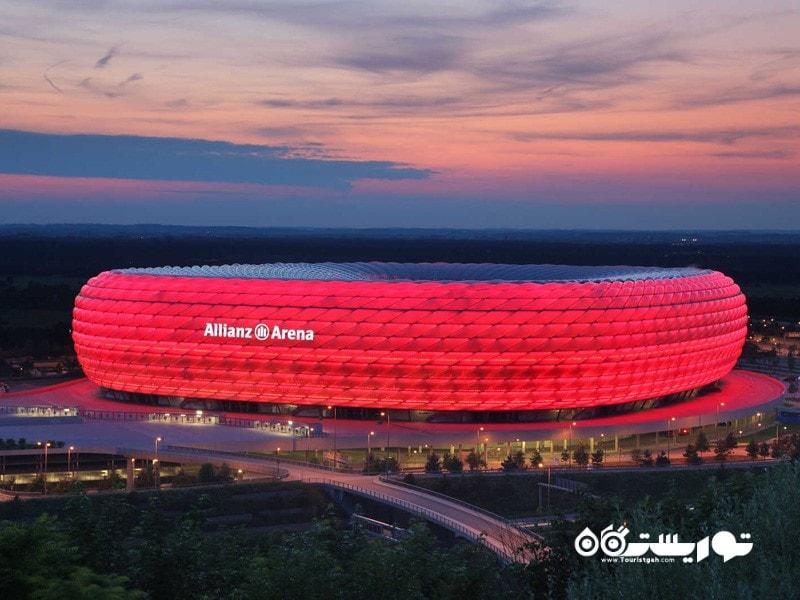شگفت انگیزترین استادیوم های دنیا