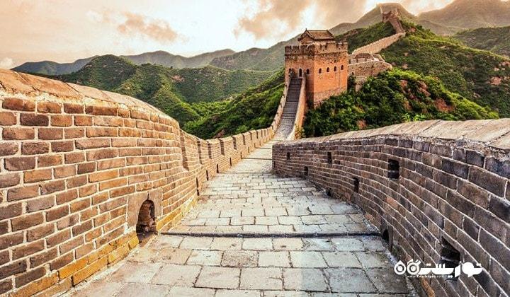 دیوار بزرگ چین در طول مرز شمالی چین کشیده شده است