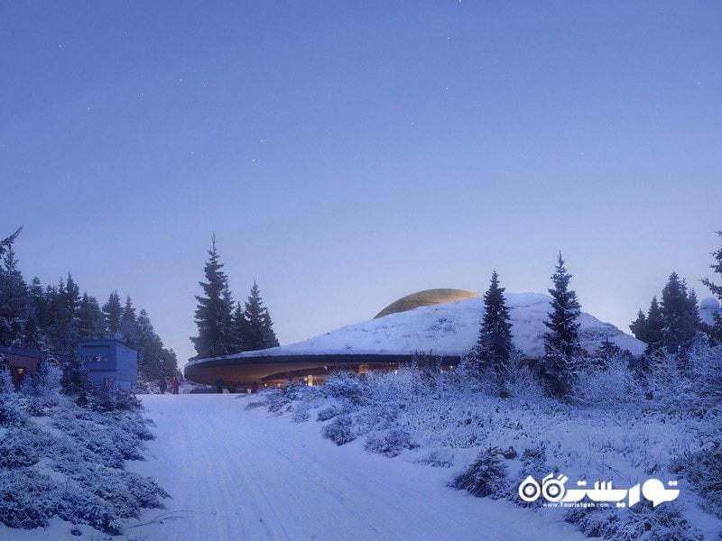 17- کابینهای کانستلیشن در رصدخانه خورشیدی هارستا، نروژ