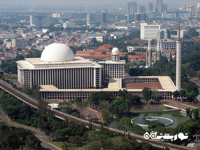 4. از دیدن مسجد استقلال (Istiqlal Mosque) شگفت زده شوید.