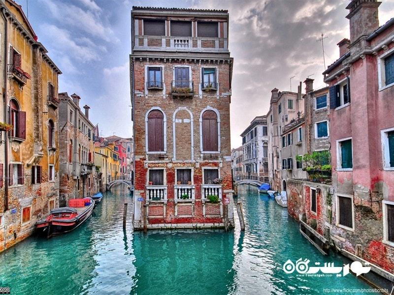 10- ونیز در کشور ایتالیا