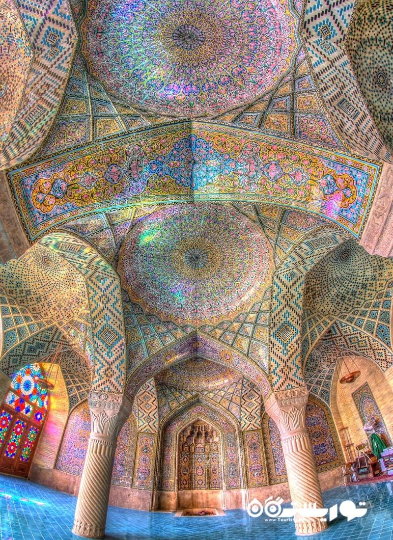 نمایی از طاق و سقف محراب مسجد