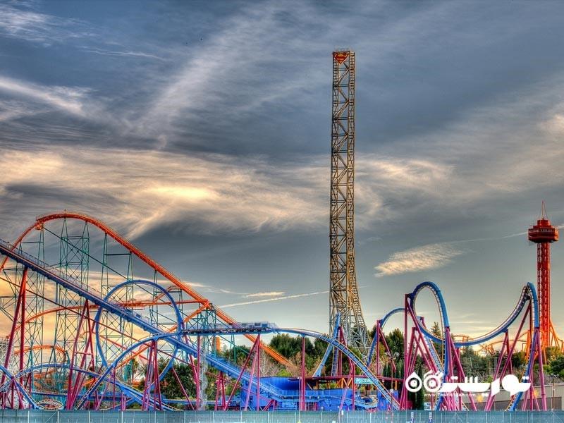 ترن هوایی سیکس فِلَگز مَجیک مَون تِین (Six Flags Magic Mountain)