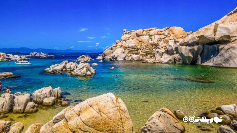 - مجمع الجزایرلاوزی (Lavezzi Archipelago)