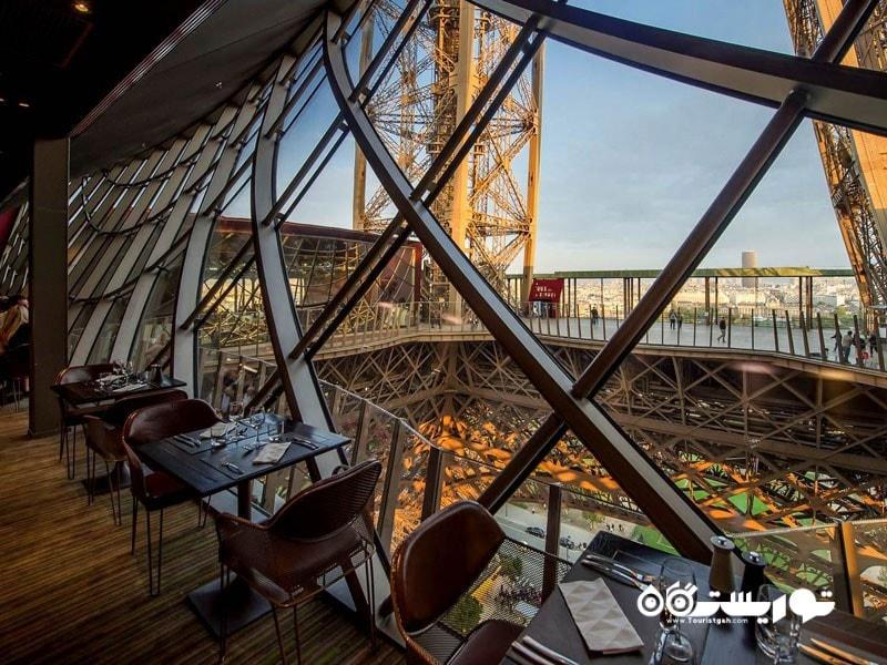 برج ایفل یکی از پر بازدیدترین بناهای تاریخی جهان