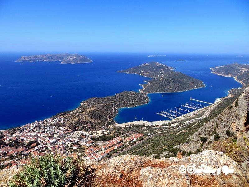 کیپ بابا (Cape Baba) در کشور ترکیه غربی ترین نقطه قاره آسیا