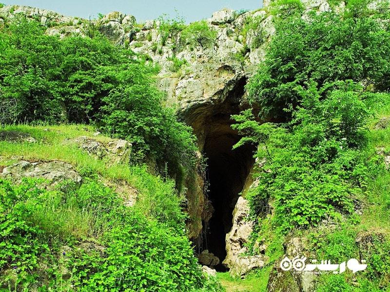 2- مقر مرد باستانی