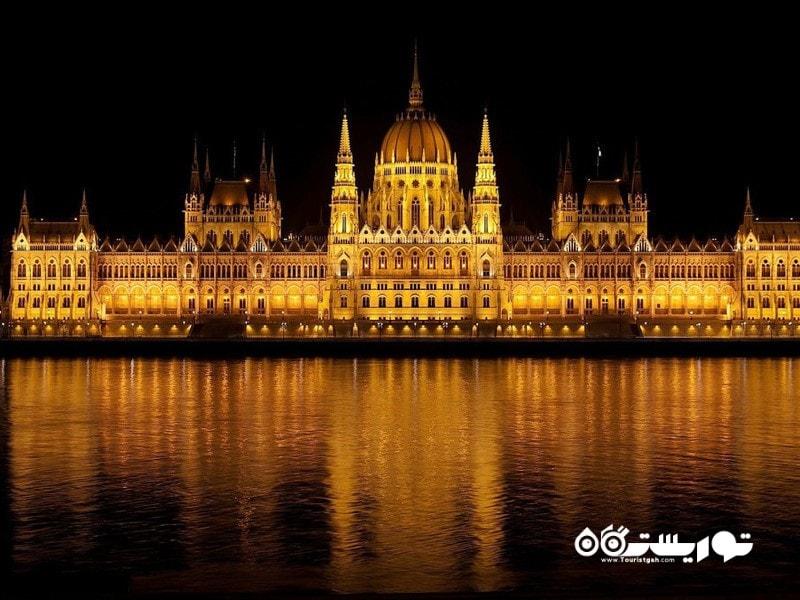 19- ساختمان مجلس مجاری